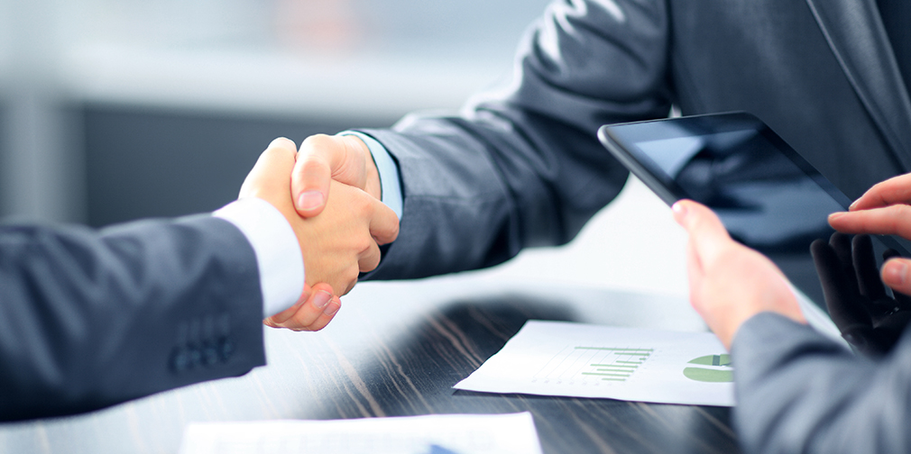 Advantages and Disadvantages of Partnership firm