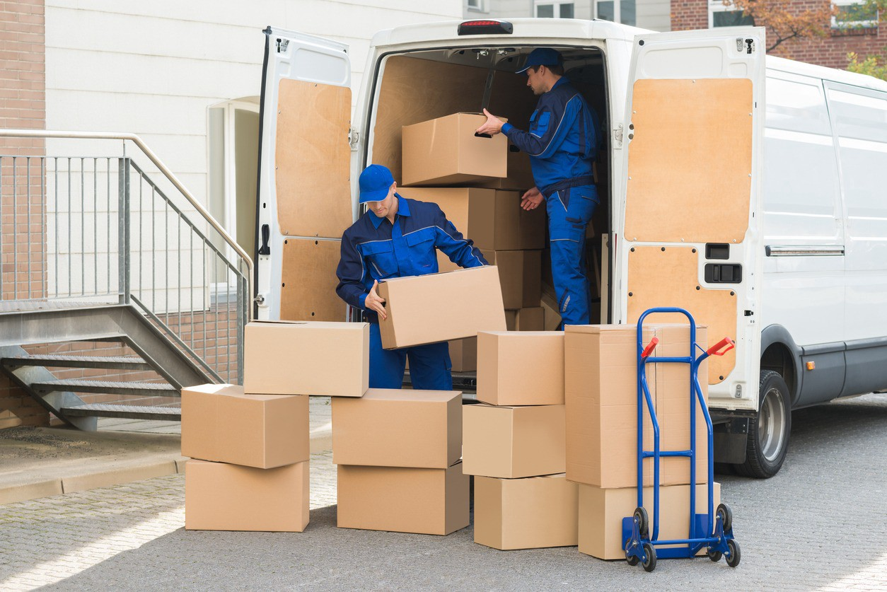 Incredible Advantages of Hiring a Moving Company